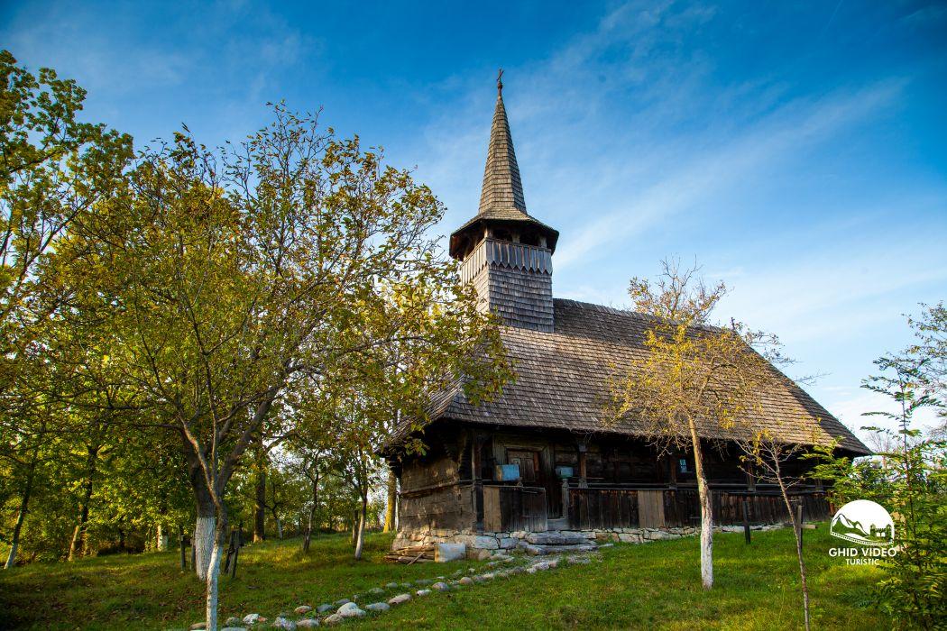 valea-crisului-biserica (1)