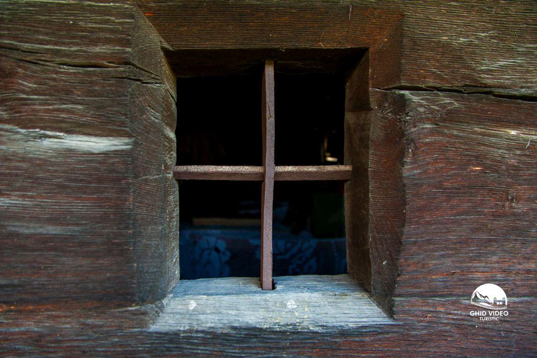 valea-crisului-biserica (14)