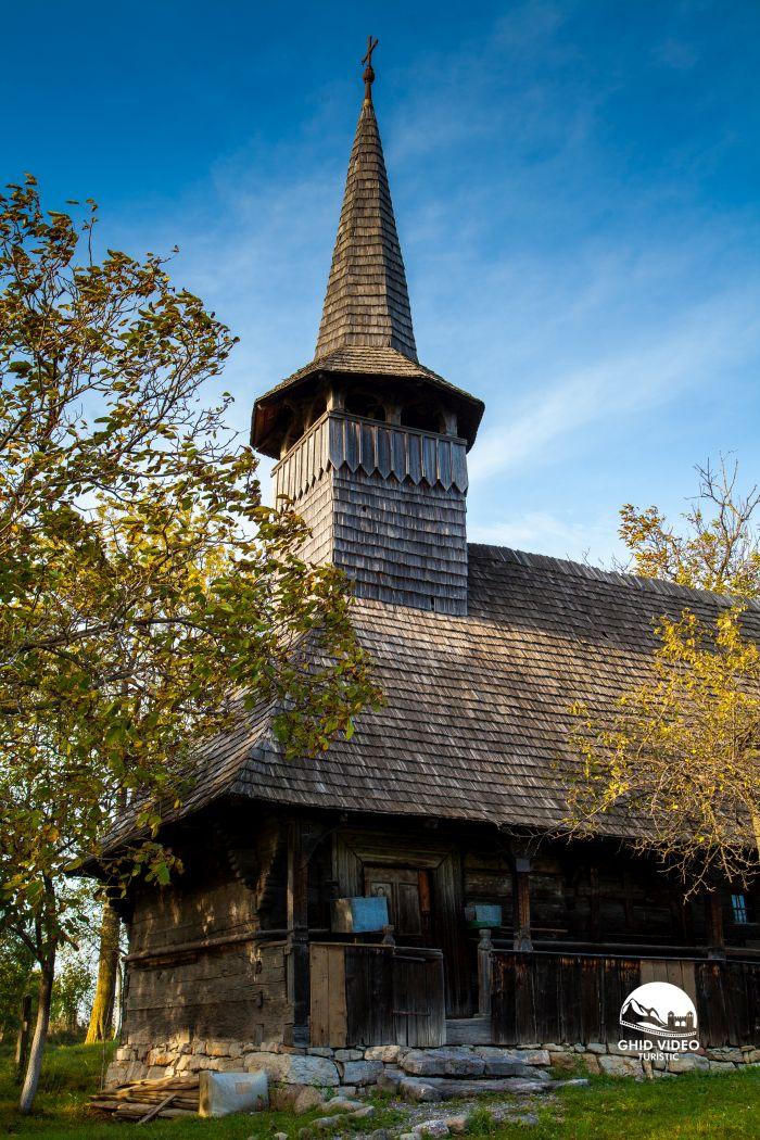 valea-crisului-biserica (2)
