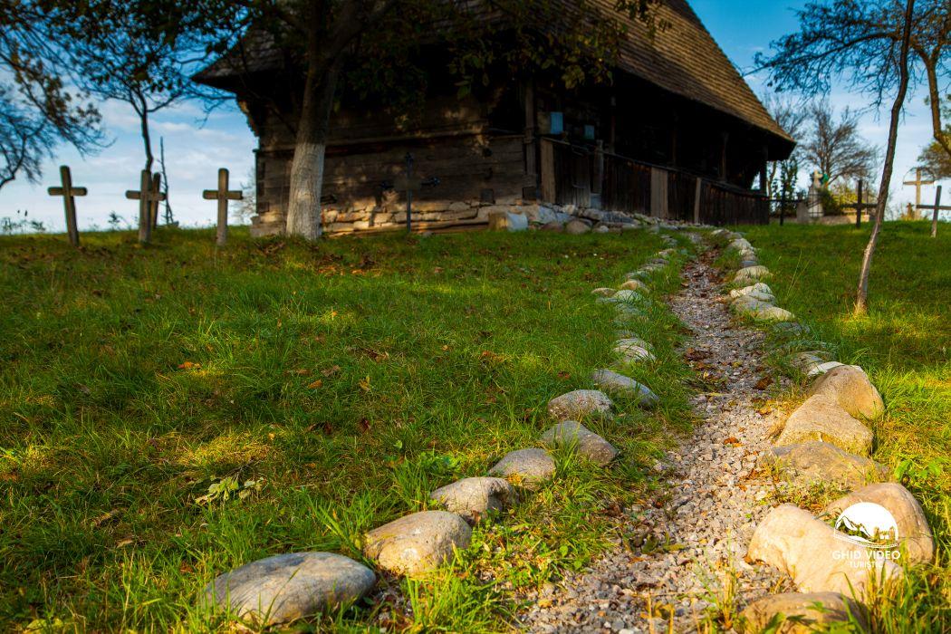 valea-crisului-biserica (3)