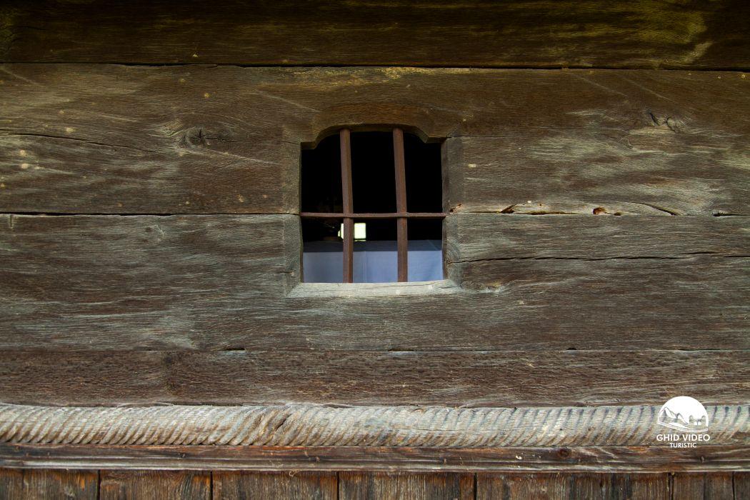 valea-crisului-biserica (9)
